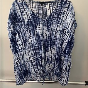 Torrid size 2 top with beautiful the dye look